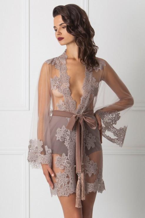 Amoralle - Delicate Kimono / Spitzen Kimono - Puder