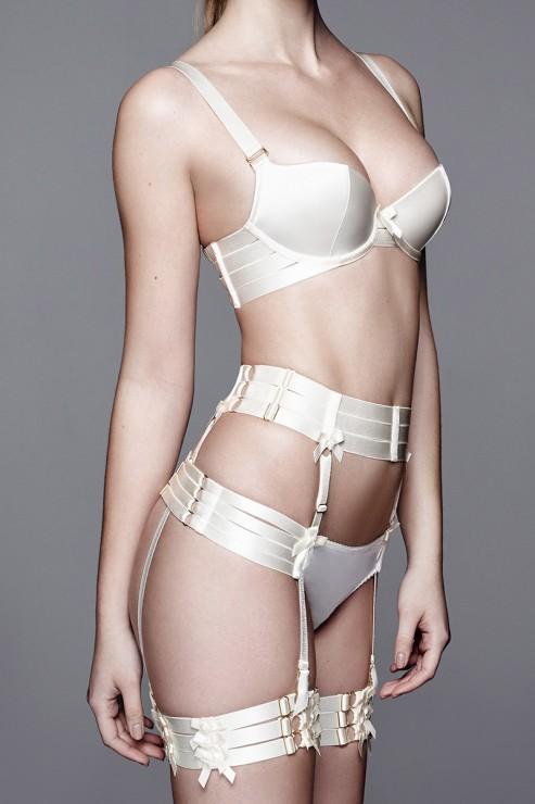 Bordelle Lingerie - Adjustable Strap Suspender - Creme